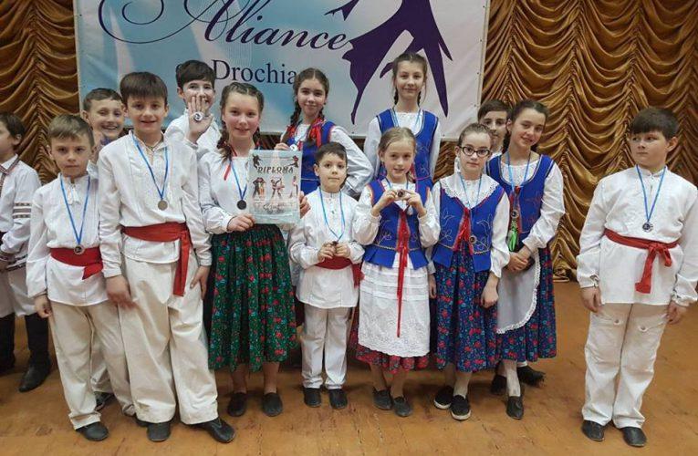 Konkurs taneczny w Drokii.